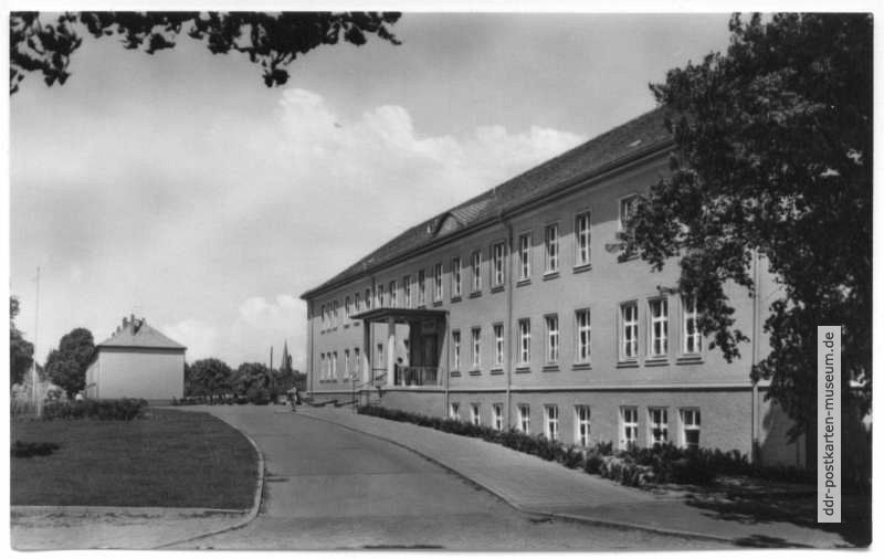 Poliklinik in Oranienburg - 1963